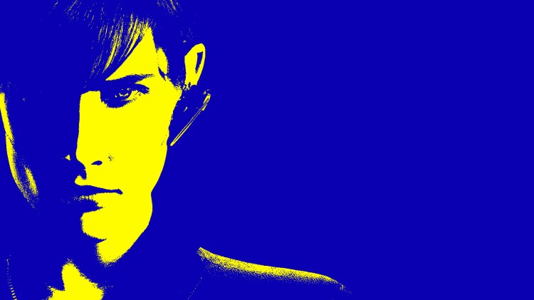 Maria Hill blue yellow